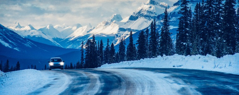 Winter Roadtrip on Icefields Parkway in Banff National Park in Canada